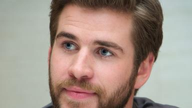 Liam Hemsworth is a domestic god!