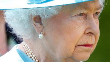 The Queen sheds tears for fallen soldiers