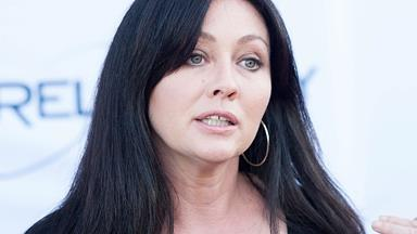 Shannen Doherty shaves her head as cancer battle rages on