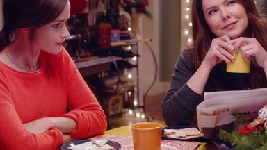 Watch the hilarious new Gilmore Girls trailer