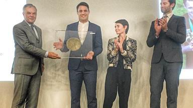 Dan Carter awarded top French sporting honour