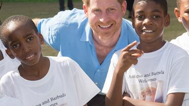 Prince Harry is a total natural with kids on day two of the royal tour!
