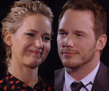 "Jennifer Lawrence and Chris Pratt play hilarious ""insults"" game"