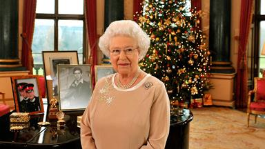 """It's your modern day Downton Abbey!"" Royal Christmas menu revealed"