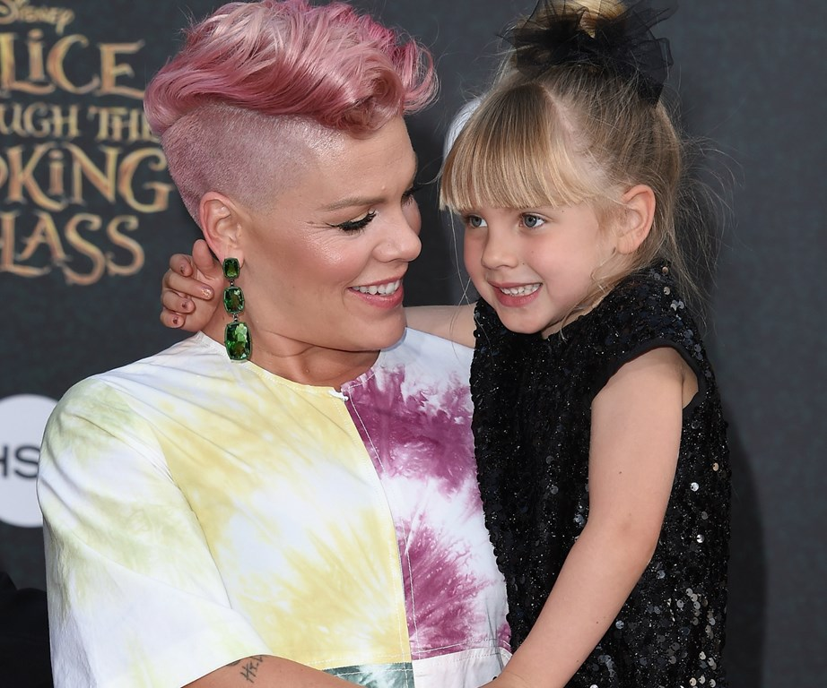 Pink pictured with daughter Willow.