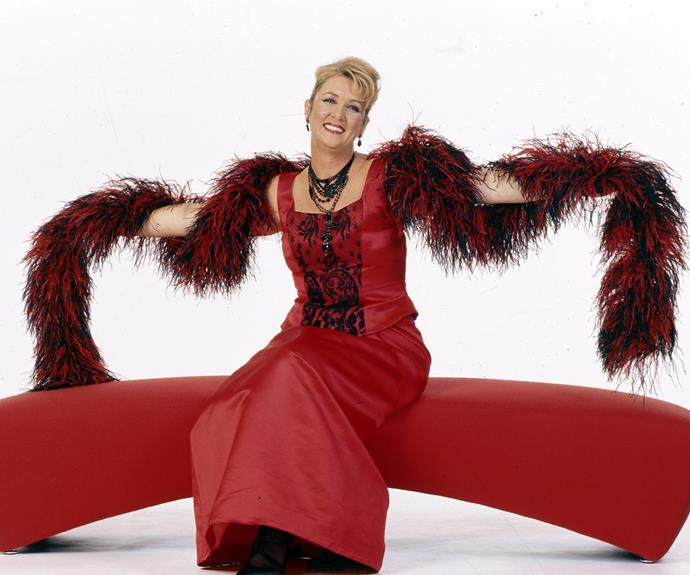 Cheryl Kernot was featured in the Australian Women's Weekly March 2005 edition. She was met with mass ridicule for this infamous shoot with her feather boa.