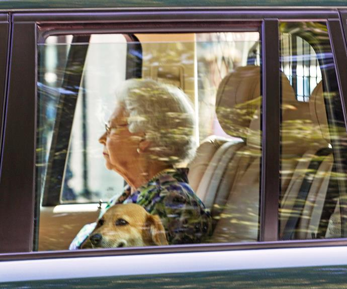 Queen Elizabeth going to visit her new great-grandson, Prince George of Cambridge.