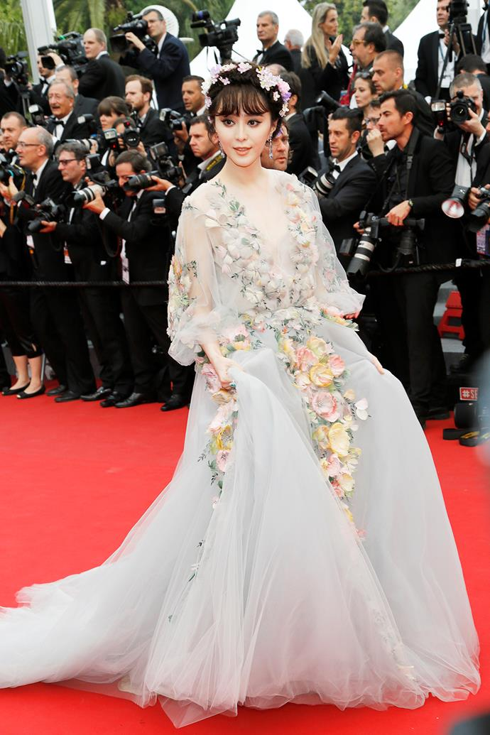 Whilst the fairy tale Princess look might have been a good idea, Fan Bingbing slightly misses the mark here. Her dress overwhelms her frame - plus the headband is overkill.