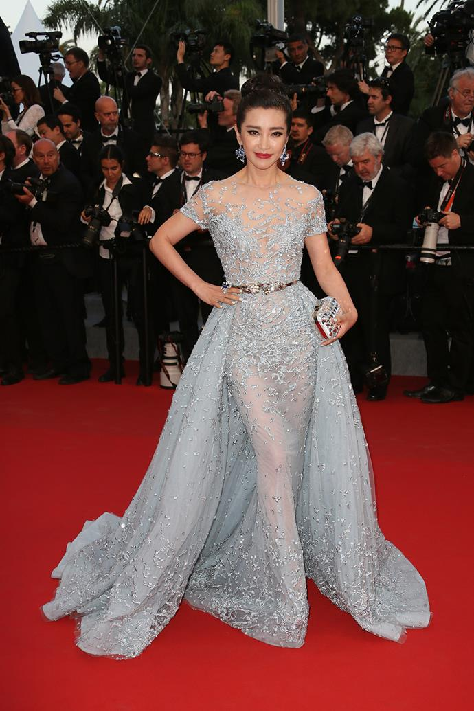 Li Bingbing's glittery gown certainly caught out attention.