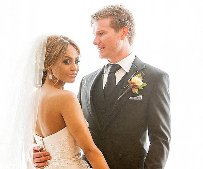 """Alex and Zoe on their """"wedding day"""" in the show."""