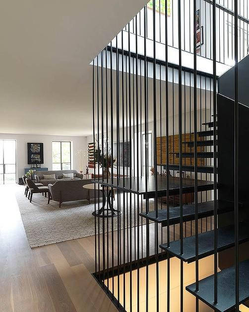 Image via [Domain](http://news.domain.com.au/photogallery/domain/exclusive-cate-blanchett-selling-hunters-hill-home-for-20-million-20150813-40xqu.html?aggregate=&selectedImage=0)