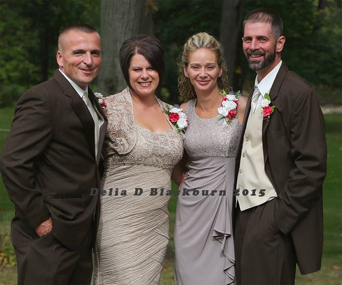 "The brides' father and mother with their partners / Image via [Delia D Blackburn](https://www.facebook.com/Delia-D-Blackburn-Photography-673664349370045/timeline/|target=""_blank"")."