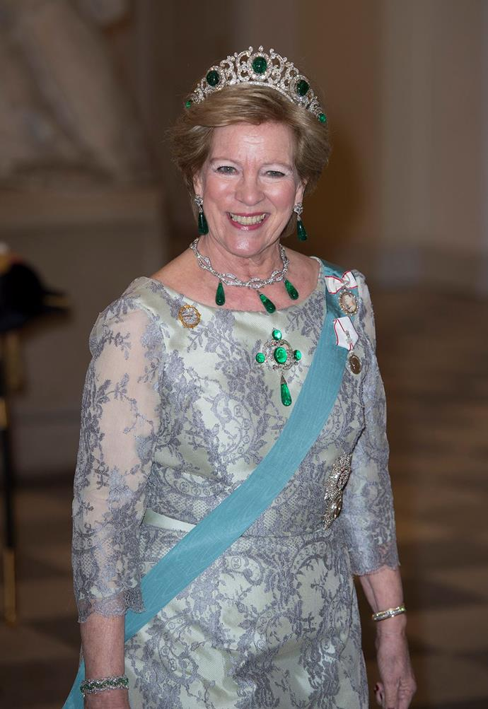 Wow. Queen Anne-Marie of Greece wore this emerald set to a gala recently.