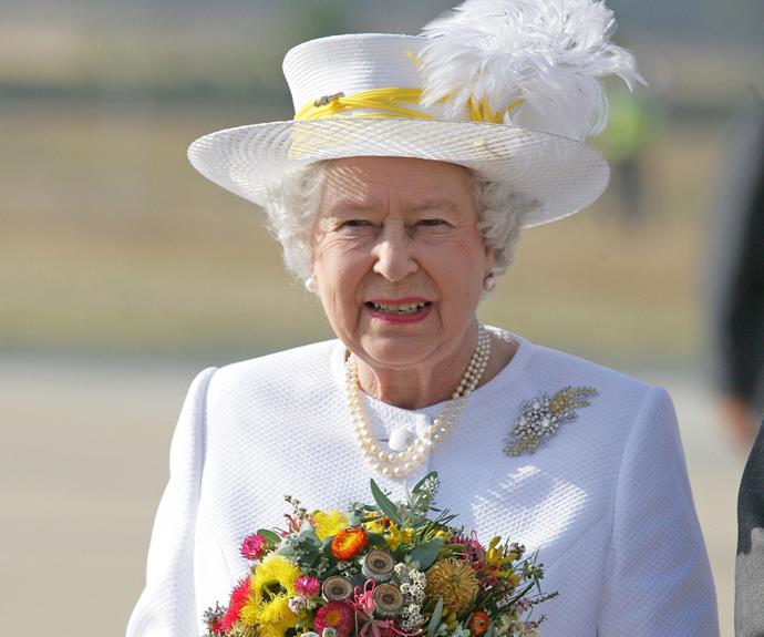 THE WATTLE BROOCH In 1954, Her Majesty was given a very special gift by the Government and people of Australia, which she immediately wore to the races at Flemington, Melbourne, and on many subsequent visits to Australia. The brooch, a spray of diamonds, was made by William Drummond & Co. of Melbourne. It featured rare yellow diamonds representing the wattle, blue–white diamonds representing mimosa leaves, and a large central white diamond surrounded by smaller diamonds depicting the blossom of the tea-tree.