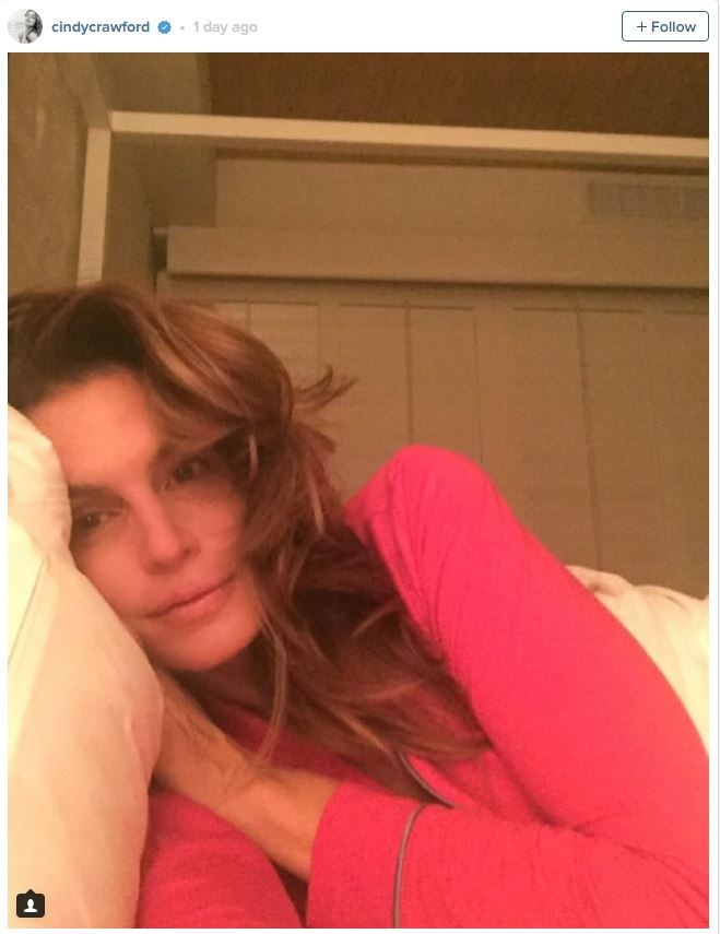 See? Cindy Crawford sans make-up *is* just like the rest of us.