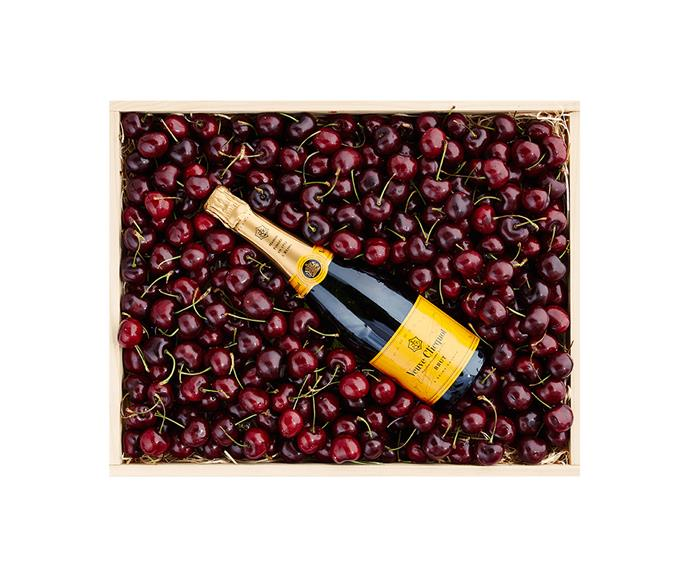 """**[Snowgoose Cherry & Veuve](https://www.snowgoose.com.au/products/by-type/cherry-hampers/cherry-and-veuve