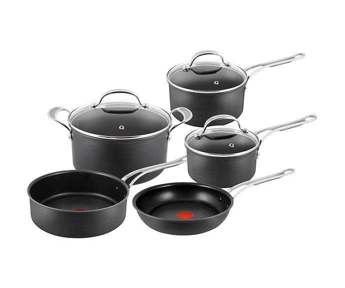 """**[Tefal Jamie Oliver Hard Anodised Set](http://www.kitchenwaredirect.com.au/Jamie-Oliver-Hard-Anodised-Induction-New-Wave-5pc-Cookware-Set?sc=17&category=279