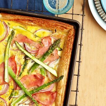"Reinvent your leftover [ham](https://www.aldi.com.au/en/special-buys/christmas/food-and-drink/mains/mains-detail/ps/p/premium-triple-smoked-half-leg-ham/|target=""_blank""): [Rustic ham and asparagus tart](http://www.foodtolove.com.au/recipes/rustic-ham-and-asparagus-tart-5692