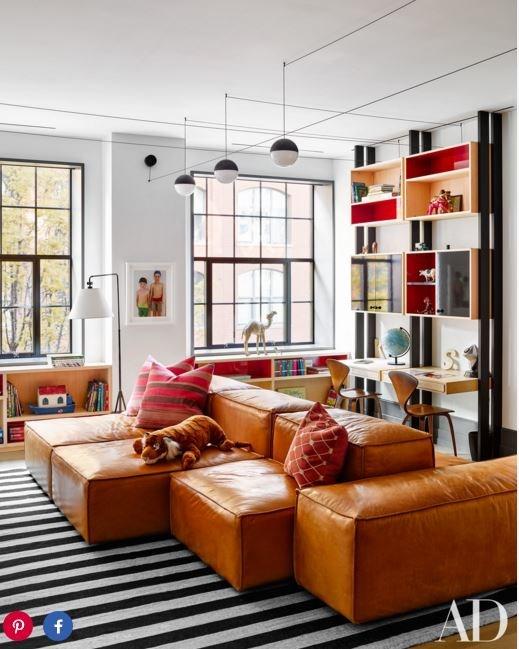 "PHOTO: DOUGLAS FRIEDMAN FOR [Architectural Digest]( http://www.architecturaldigest.com/story/naomi-watts-liev-shreiber-nyc-apartment|target=""_blank"")"