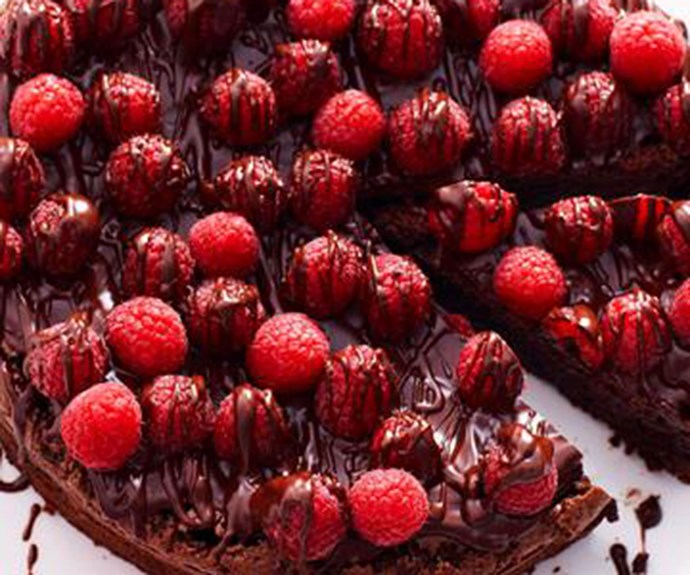 "[Chocolate and raspberry cake](http://www.foodtolove.com.au/recipes/chocolate-and-raspberry-cake-7384|target=""_blank"")"