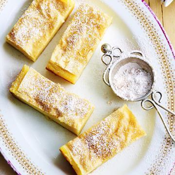 "[Galaktoboureko – greek custard pie](http://www.foodtolove.com.au/recipes/galaktoboureko-greek-custard-pie-18164|target=""_blank"")"