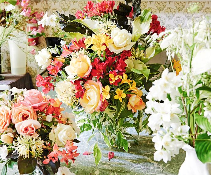 When she picked flowers for her home, each room called for a specific colour palette: flowers of a pink or brown hue in the sitting room; and apricot-coloured roses in the entryway.