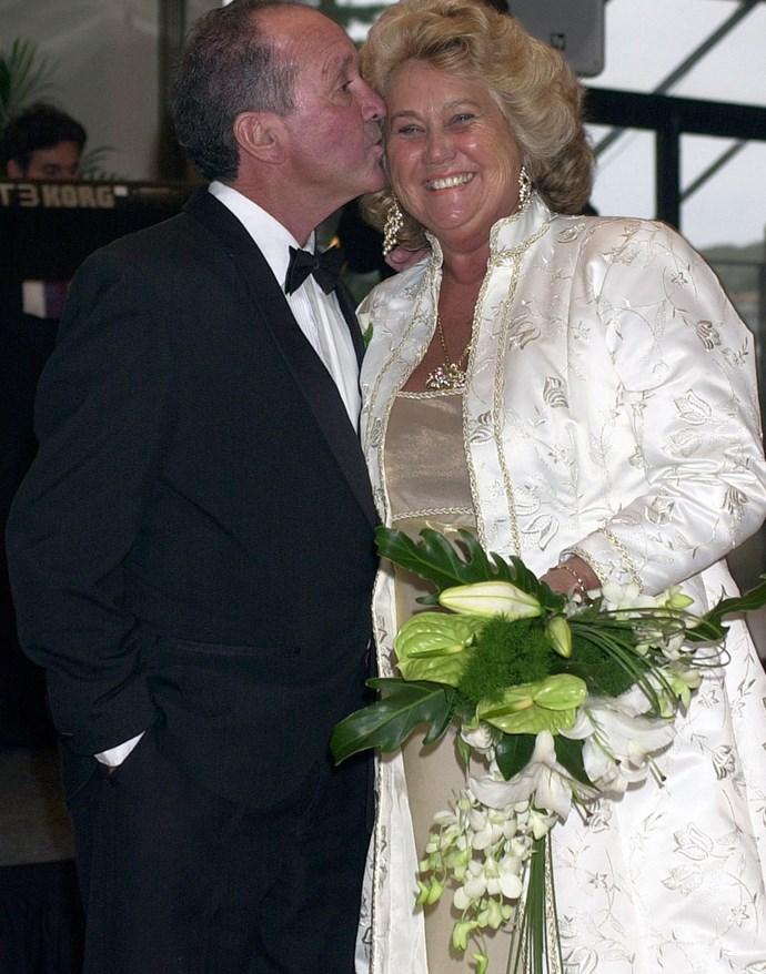 Noelene married Reg Stretton in 2000.