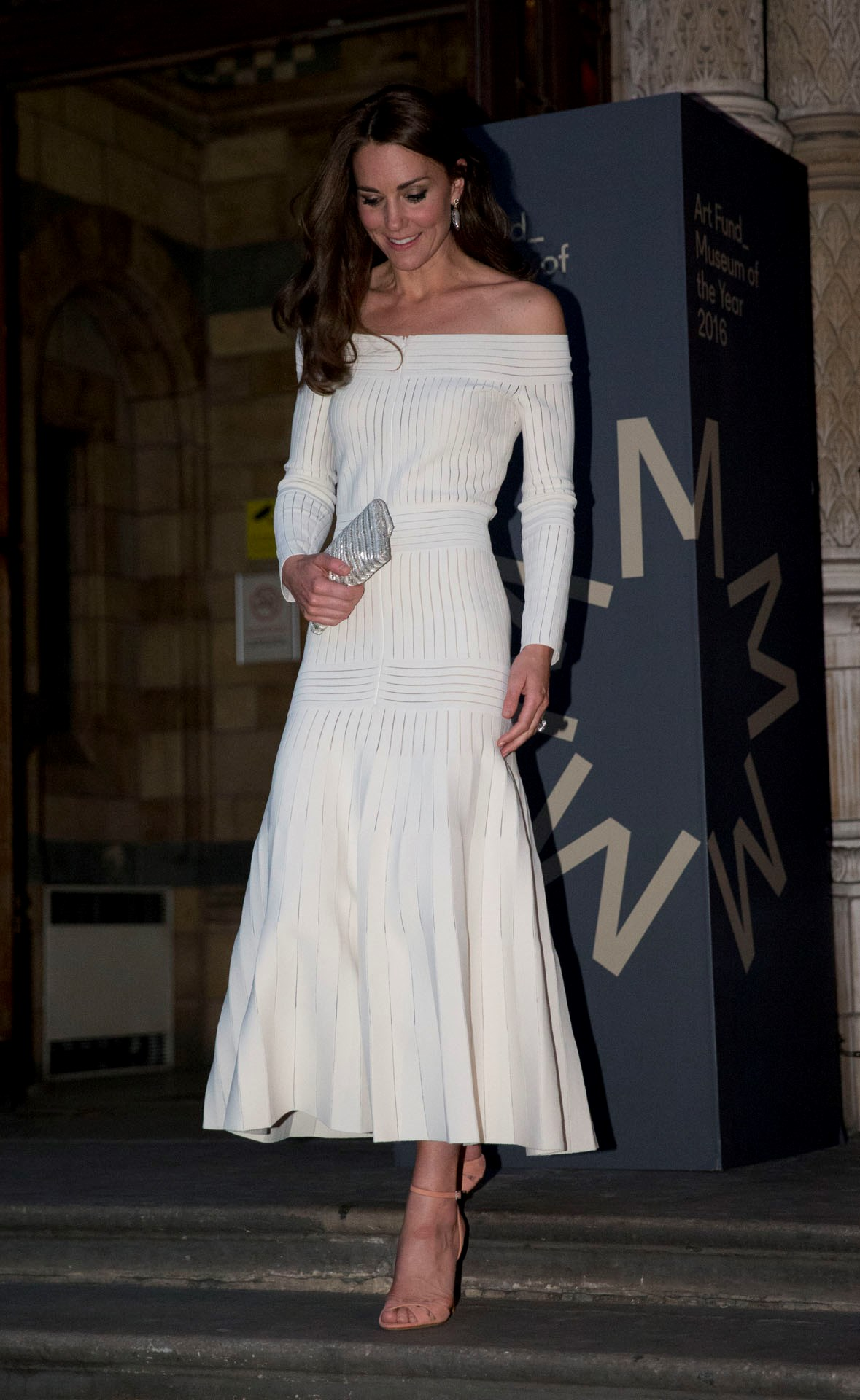In what has been described as one of her most daring looks, the Duchess embraced the season's most popular trend: the off-the-shoulder dress. Her $3000 cream gown was by London-based designer Barbara Casasola, and was an instant hit with fashion critics.