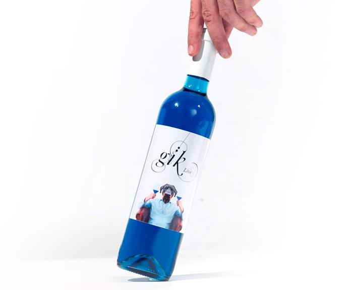 Gik's hip blue wine packaging.