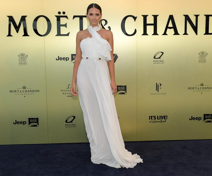 Chanelling her inner bride, Jesinta wore a flowing white dress.