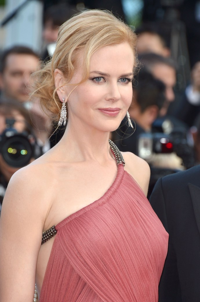 A Cannes red carpet calls for a standout look and Nicole opted for a low, undone chignon which gave her smoky eyes extra drama. This is no doubt the look which put her on the radar for the role of Princess Grace of Monaco.