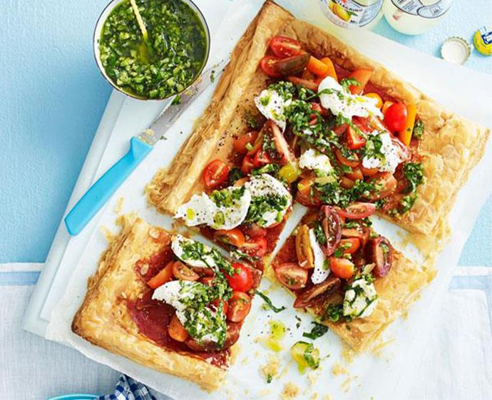 "**[Tomato, prosciutto and mozzarella tart](https://www.womensweeklyfood.com.au/recipes/tomato-and-prosciutto-tart-31286|target=""_blank"")** <br><br> This 35-minute meal makes a great alternative to pizza. Layered puff pastry is topped with a green olive sauce, tomato medley, mozzarella and prosciutto. Magnifico!"