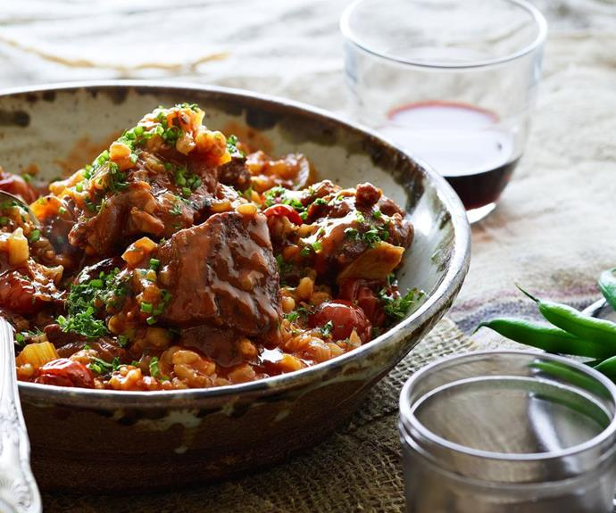 "**[Slow-cooked beef with barley](https://www.womensweeklyfood.com.au/recipes/slow-cooked-beef-with-barley-23948|target=""_blank"")**"
