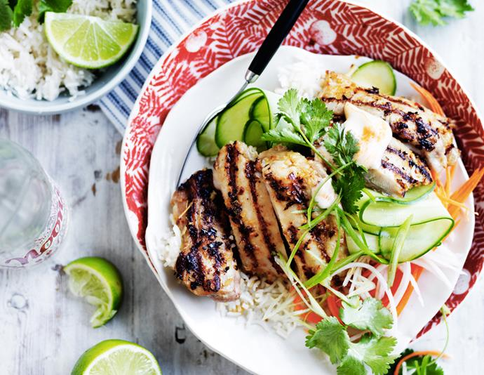 "[Vietnamese lemongrass chicken bowl](https://www.womensweeklyfood.com.au/recipes/lemongrass-chicken-bowl-28869|target=""_blank""