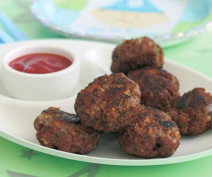 "**[Mini beef rissoles](https://www.womensweeklyfood.com.au/recipes/mini-beef-rissoles-5230|target=""_blank"")** <br><br> Simple to eat and serve; beef rissoles are a cocktail classic for a reason. These delights are made with cheese to ensure extra scrumptiousness."
