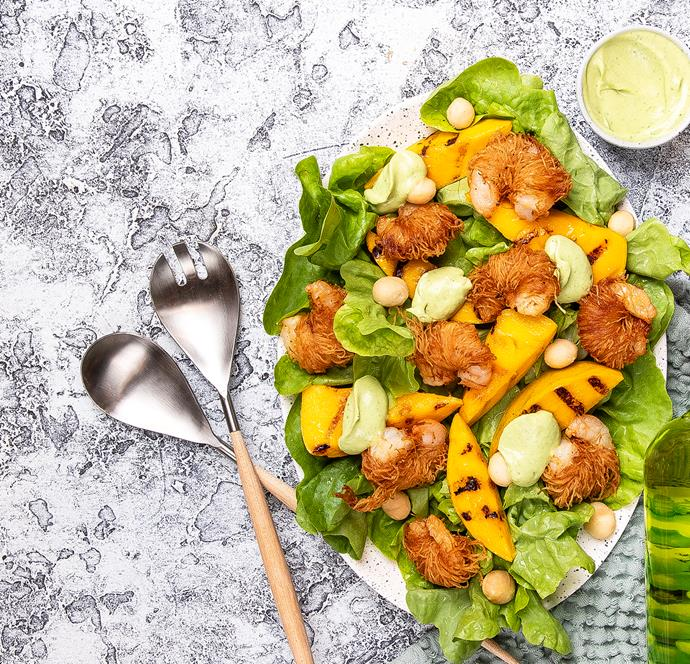 """[Tropical crispy prawn salad](http://azaleaoils.com/recipe/tropical-crispy-prawn-salad/