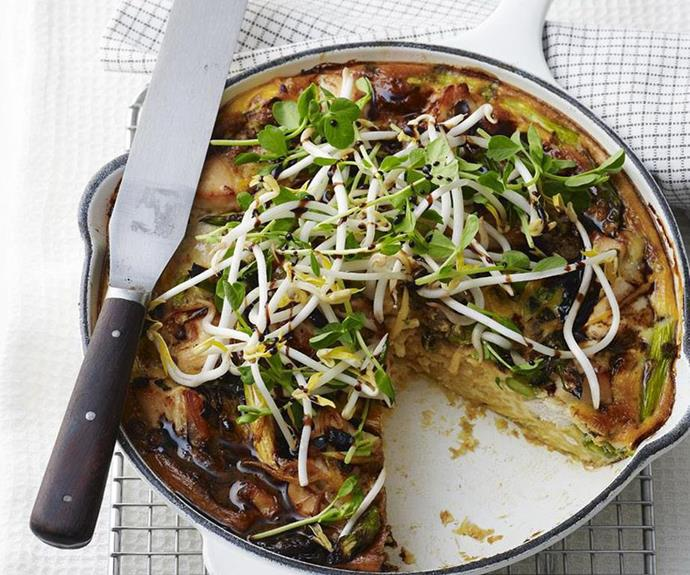 """**[Chicken, noodle and asparagus frittata](https://www.womensweeklyfood.com.au/recipes/chicken-noodle-and-asparagus-frittata-10806 target=""""_blank"""" rel=""""nofollow"""")** <br><br> Singapore noodles get the frittata treatment in this incredible family-friendly savoury bake. On the table in less than an hour, it's a great option for buffet-style dinners."""