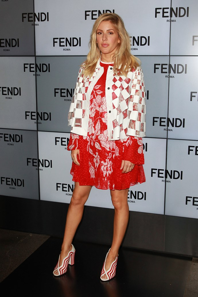 Ellie Goulding looks fresh AF in this scarlet and white combo.
