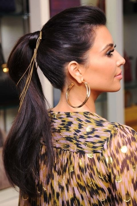 **Sept. 21, 2011** When hosting a jewellery collection launch, even your ponytail needs gold chains.
