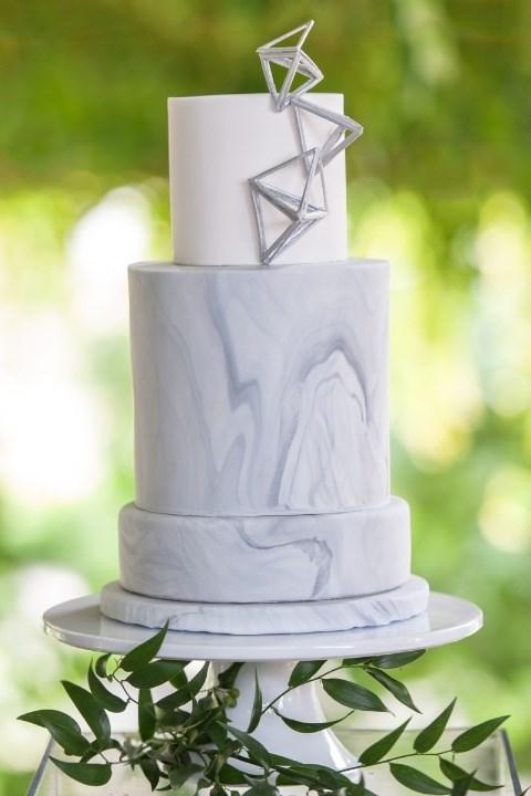 "**Geometric Method** Cake by [Cake by Nicole](http://www.cakebynicole.com/|target_""blank"")"