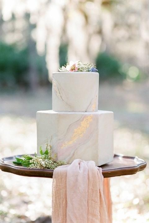 "**Made of Stone** Cake by [Le Petit Sweet](http://lepetitsweet.wixsite.com/lepetitsweet|target_""blank"")"