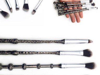 Harry Potter makeup brushes exist and ZOMG