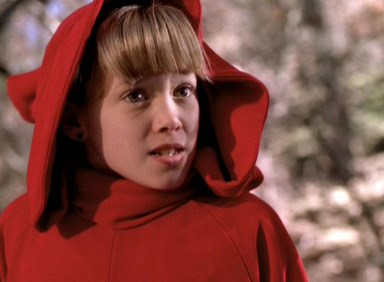 Hilary Duff just threw it back to when she played Wendy from Casper Meets Wendy