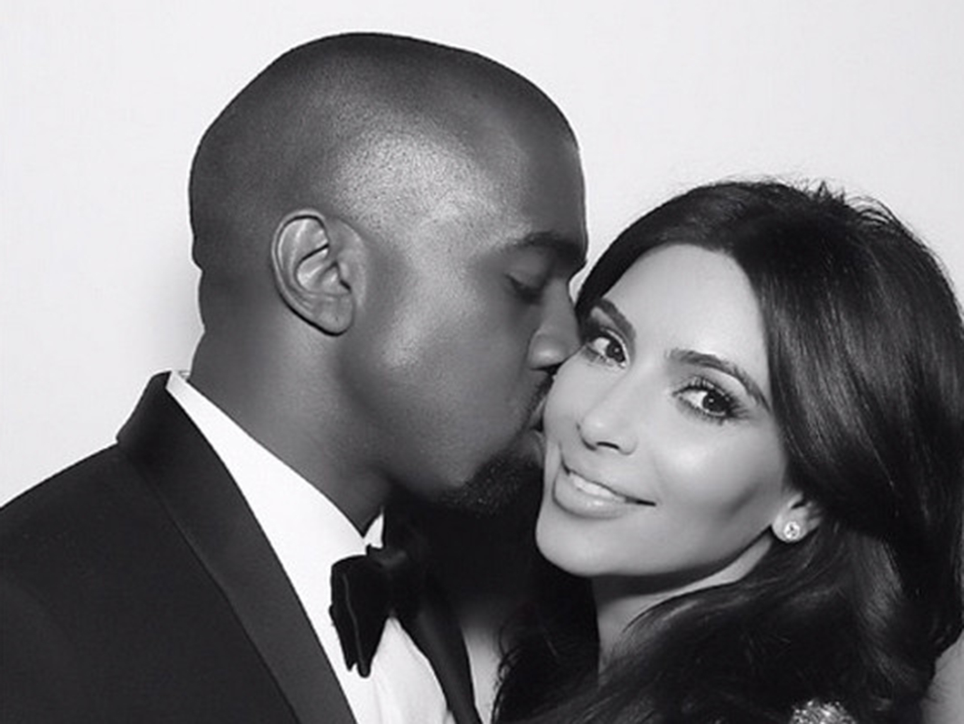 Kanye gifts Kim hundreds of thousands of dollars in stocks
