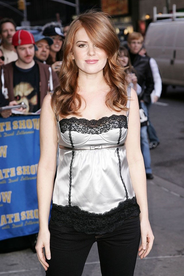 **Those lace camis that look like lingere, basically**  This top is essentially a piece of underwear, but that did not stop Isla Fisher and everyone else from wearing tops like this as actual shirts in daylight hours. If you were still in school in 2007, you had to cover this top up with a cardigan or something to fit the ~dress code~.