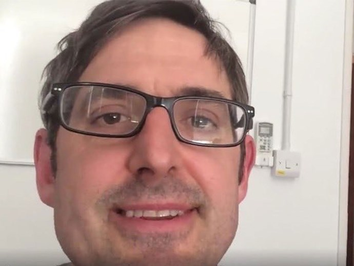 This 'No Context Louis Theroux' Twitter is all kinds of LOL