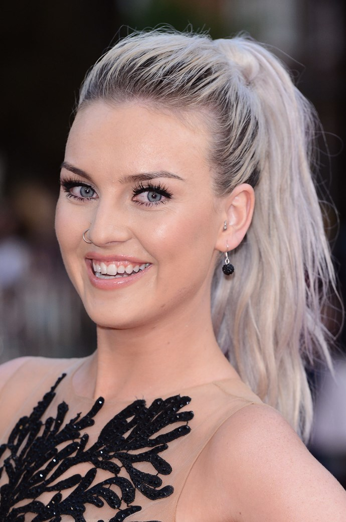 **SILVER BLONDE**   Remember when Perrie Edwards dyed her hair silvery blonde? Ahhh we do.