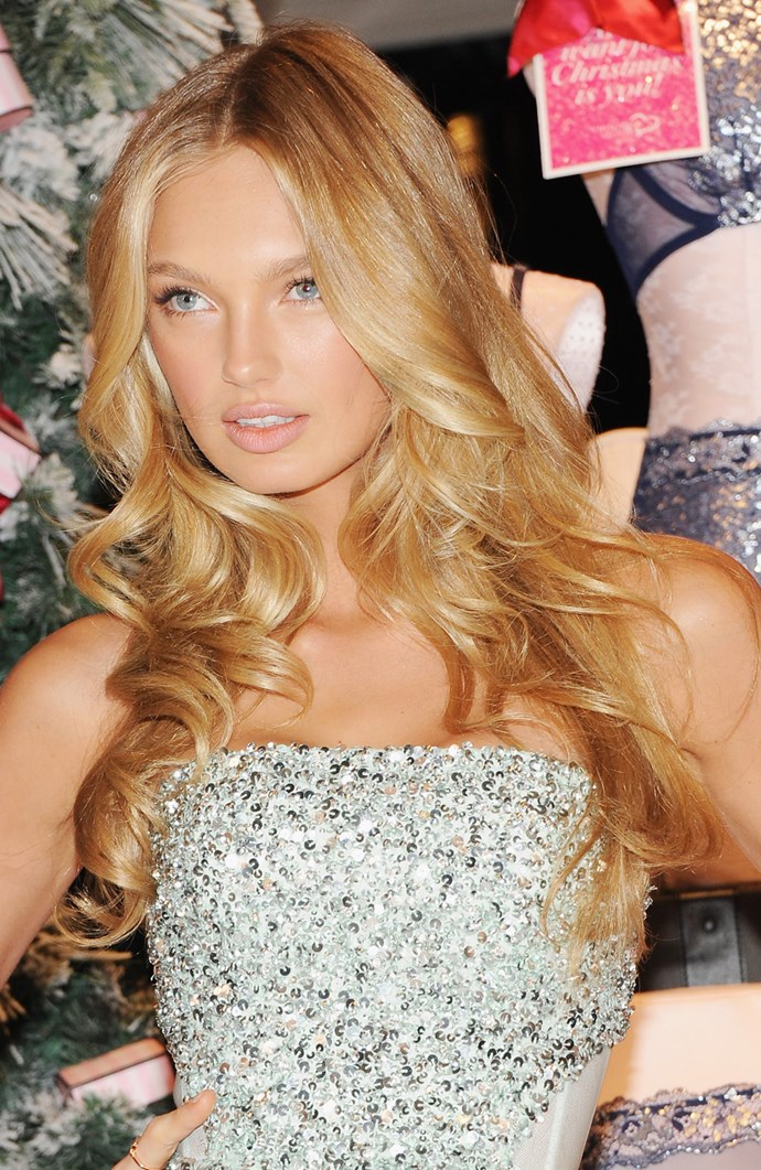 **BEACHY BALAYAGE**   Romee Strijd encapsulates that '2 weeks in California' sun-kissed beachy hairstyle.