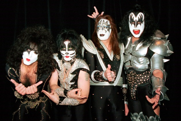 KISS politely [declined](http://www.tmz.com/2016/12/22/gene-simmons-kiss-trump-inauguration/) to perform at the Inauguration.
