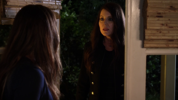 "**Spencer has an evil twin:** In the season finale of 7B, Mary revealed that she was Spencer's mother, and there was also the hint that there's another mysterious sibling [out there.]( http://prettylittleliars.com/03082016-spencer-has-a-twin-theory-clues|target=""_blank""